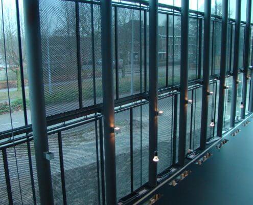 Verschuifbare zonweringen staal Sociaal Cultureel Centrum Rosmalen