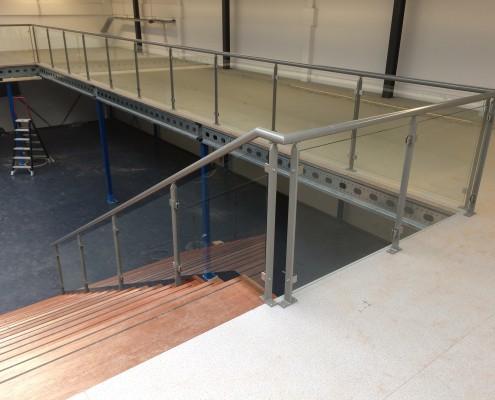 Balustrade en traphekken showroom Sanitair Winkel Rosmalen