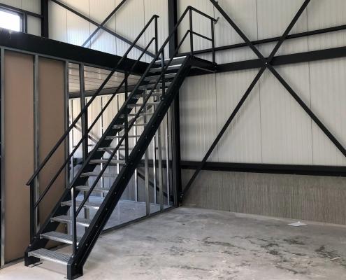 stalen magazijntrap nieuwbouw Franken-Kreté B.V. Nuland