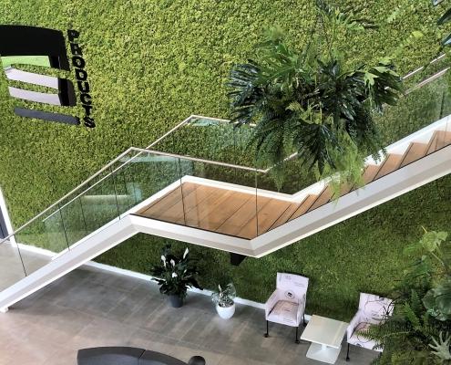 stalen trap modern met glas