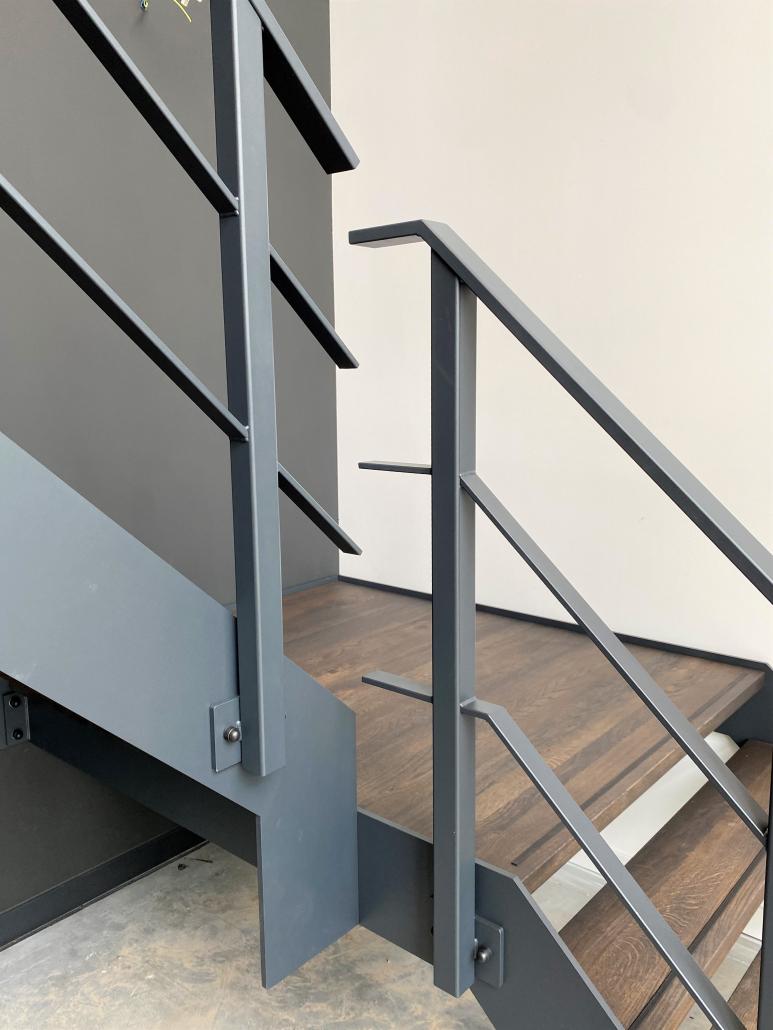 stalen trap showroom laten maken