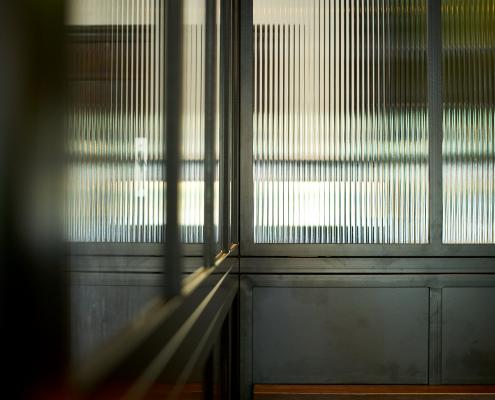 stalen pui met canale glas